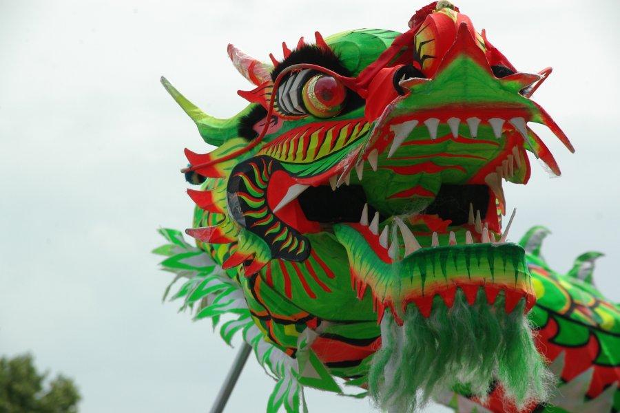 3D Printed Dragons Vs Kew Gardens Great Pagoda